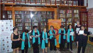 Integrantes de los talleres Encuentro Córdoba durante el espectáculo.
