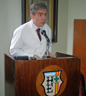 El doctor Roberto Pol.