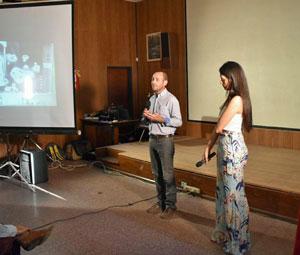 Miembros de la fundación durante la presentación.