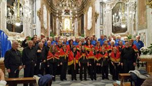 Una de las actuaciones del coro.