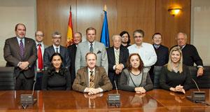 Los miembros de la Comisión de Derechos Civiles y Participación que acudieron a la reunión de trabajo en Madrid.