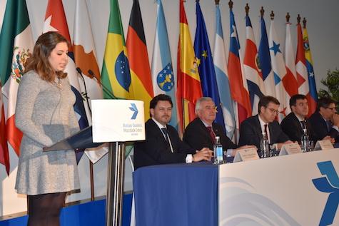 Lorena Gómez recordó a sus abuelos emigrados a Venezuela desde Belanova (Ourense) en su intervención.