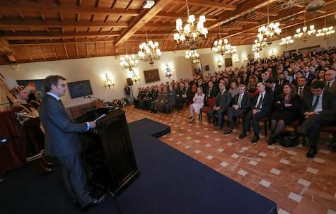 El titular de la Xunta presidió los actos conmemorativos del 525º aniversario de la Arribada de la Carabela Pinta.
