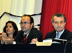 De derecha a izquierda, Guillermo Brugarolas, Julio Olmos y Marta de Blas.