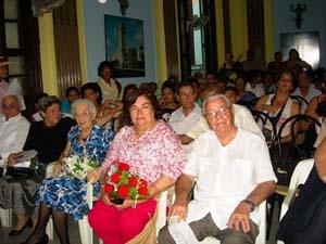 Guilermina Hernández y Carmelo González durante la celebración en La Habana.
