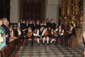 El Grupo Nuestra Señora de Guadalupe del Hogar Extremeño de Madrid.