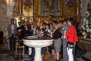 Una de las actuaciones del coro de la entidad.
