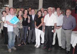 Alfredo Prada con dirigentes del PP en Perú.
