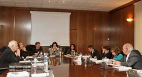 Reunión de la Comisión Permanente del CGCEE en la que también participó la secretaria de Estado Anna Terrón.