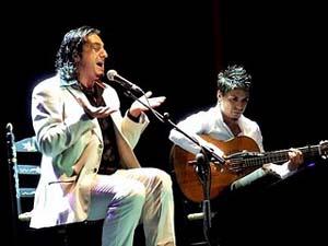 El cantaor Antonio Mejías durante su concierto.