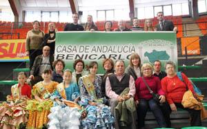 la delegación de Benicarló participante en la fiesta.
