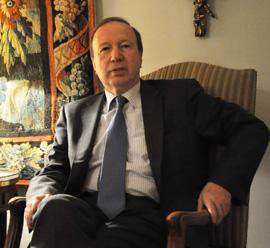 Miguel Ángel de Frutos en la Embajada de España en Suiza.