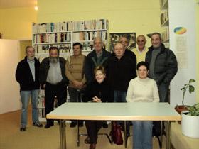 Los participantes en el taller organizado por la Asociación 'Arco Iris'.