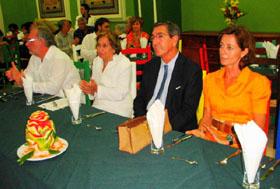 Blanca Mª Fernández, Manuel Cacho y su esposa.