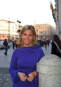 La directora de la Agencia Madrileña para la Emigración, antes de partir a su viaje por México, Cuba y Venezuela.