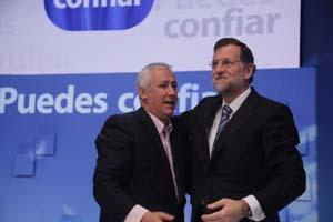 Javier Arenas y Mariano Rajoy durante un acto electoral del PP.
