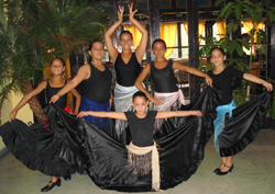 El grupo de baile 'Volvoretas Galegas'.