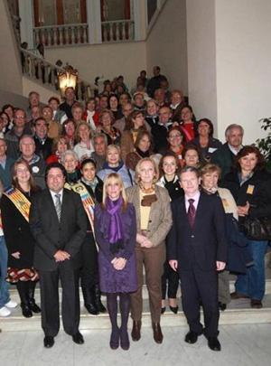 El vicealcalde de Castellón, Javier Moliner, junto con la directora general de Ciudadanía e Integración, Mabel Manglano, en la recepción.
