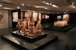 Vista de la exposición sobre el exilio.