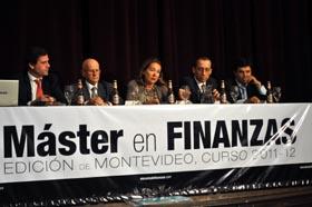 La embajadora presenta el Máster de Finanzas en Centro Gallego.