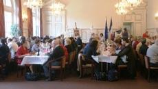 Asistentes al día del socios de la APFEEF París 9.