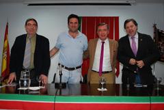 Juan Antonio Barrio junto a Miguel Ángel Mateos y Lorenzo Navarrete.
