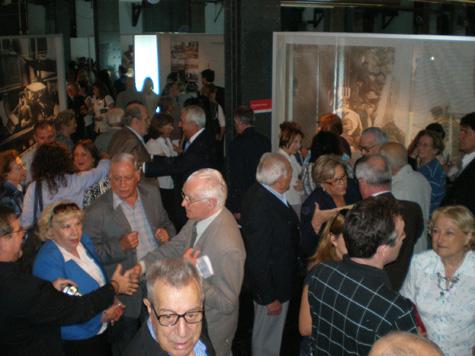 Una masiva concurrencia asistió a la inauguración de la exposición.