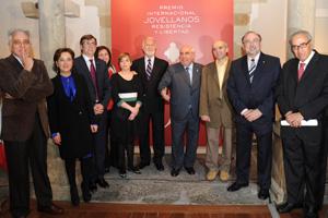 Vicente Álvarez Areces y Francesc Antich (2ºi) en la entrega del Premio.