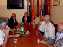 Félix Colsa con la junta directiva del Centro Salamanca de Buenos Aires.