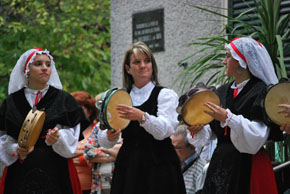 Pandereteiras del Valle Miñor.