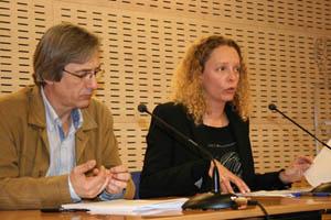 Pedro Rodríguez y Noemí Martín en la presentación del reglamento.