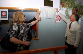Descubren la placa de la sala INCAA del Cine Teatro Español.