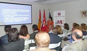 Un instante de la charla impartida por Pilar Méndez.