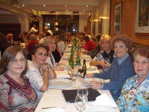 Participantes en el VI Congreso de la Mujer organizado por la Federación de Asociaciones Andaluzas de la República Argentina, en la ciudad de Mar del Plata.