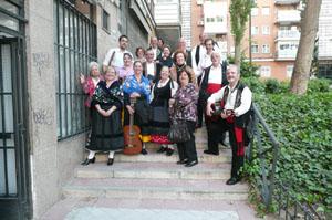 Los miembros del grupo folclórico.