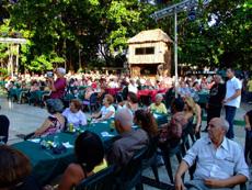 Vista parcial de los asistentes al acto en el restaurante 'La Cecilia'.