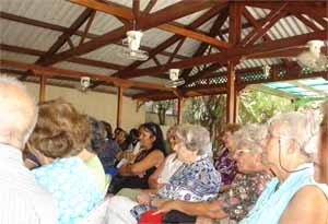 Vista parcial de los asistentes al encuentro.