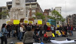 Apoyo a 'Democracia Real Ya' en la Plaza Dam de Amsterdam.