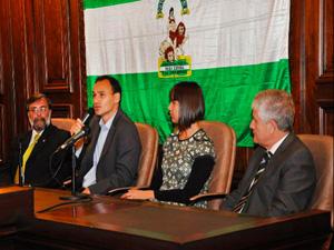 Guillermo Pilía, Pablo Bruera, Natalia Giglieti y Héctor Mendoza.