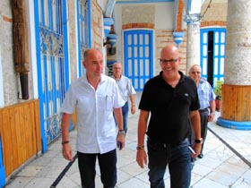 Santiago Camba y el presidente de la FSGC, Sergio Toledo.
