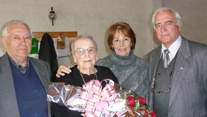Cayetano Pacios, junto a Amparo Porris, Nemesio García Ruiz y su esposa.