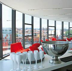 "Vista parcial de ""Casa de Cócteles"" del Niemeyer."