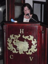 Guillermina Hernández en el Hogar Canario Venezolano ratificó el compromiso del Gobierno de Canarias.