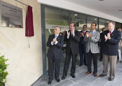 Juan Vicente Herrera inauguró la residencia de mayores 'San Salvador' en Oña.