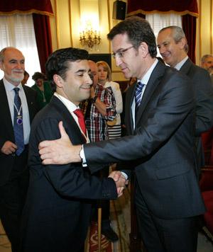 Alberto Núñez Feijóo felicita a José Manuel Rey, nuevo alcalde de Ferrol.
