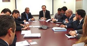 Reunión director general Industria con representantes del gobierno guatemalteco.