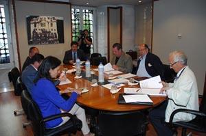 Reunión de la mesa negociadora de Foro Asturias y PP.