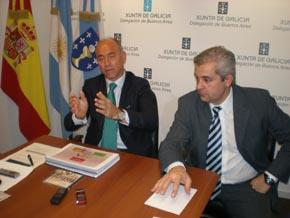 El secretario xeral da Emigración de la Xunta, Santiago Camba, y el delegado del Ejecutivo gallego en Argentina, Alejandro López Dobarro.