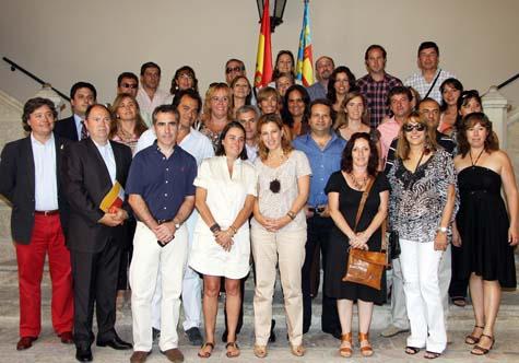 Paula Sánchez de León con los valencianos de 'Arrels'.