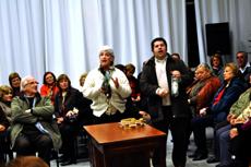 Panderetas y música en la queimada que tuvo lugar en el Patronato.